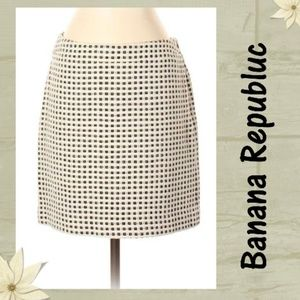 Banana Republic Checkered A-Line Skirt